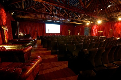 Hire A Large Space For Conferences, Events & Parties