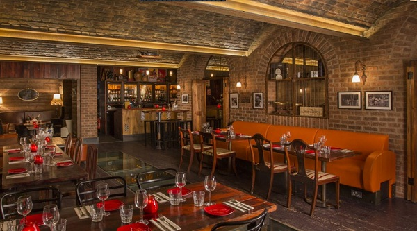 Hire A Spanish Bar Venue For Private Events & Parties