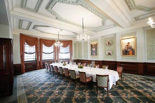 London Capital Club Meeting Room