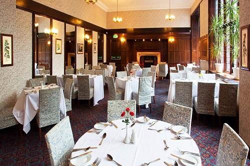 royal-court-hotel-reception
