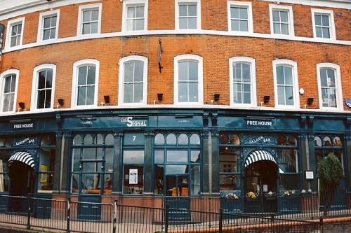 Book The Signal Pub & Bar Venue in London - Best Venues London