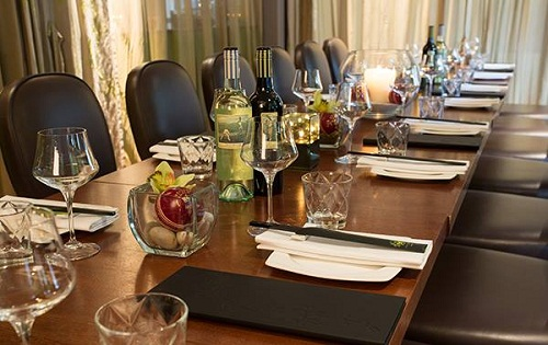 privated dining and meeting space