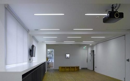 phographers gallery blank space