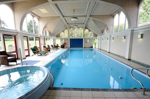 Pendley manor venue for weddings events functions for Hotels in luton with swimming pool
